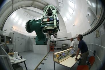 Najstarszy teleskop wCAHA - 1,2 metra