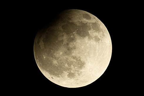Zaćmienie Księżyca 25_04_2013