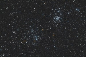 Podwójna gromada otwarta wPerseuszu - NGC869 iNGC884, aparat Nikon D7000, ISO 1600, montaż HEQ5, teleskop Newtona 200/1000,  16 zdjęć, ekspozycja 60 sekund, opr. Kinga